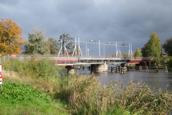 Kungsör järnvägsbro